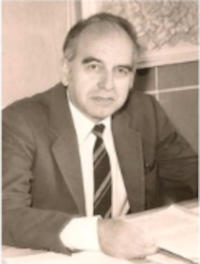 проф. д-р Петър Петров